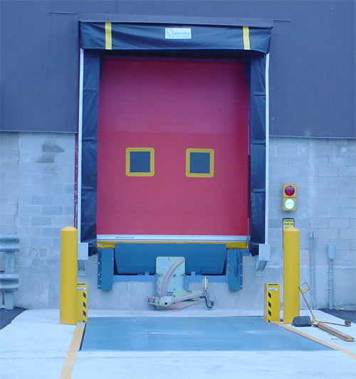 NORDOCK® TRUCK-LIFT™ Series Hydraulic Truck Leveler